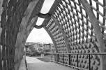 Juhani Pallasmaa: Kerépkáros- és gyalogoshíd a Viikki-Negyedben, Helsinki, 2002