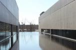 II. képsorozat: Tadao Ando, Pulitzer Foundation for the Arts (St.Louis, USA) alaprajza és a belső udvar látványai különböző időpillanatokban - a látványok összehasonlítódása az észlelési folyamat során (nézőpont váltás és időjárás változás)