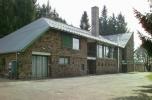Szrogh György: Piszkéstetői csillagvizsgáló lakóépülete, 1960