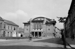 A soproni színház főbejárata, 1965 © Fortepan